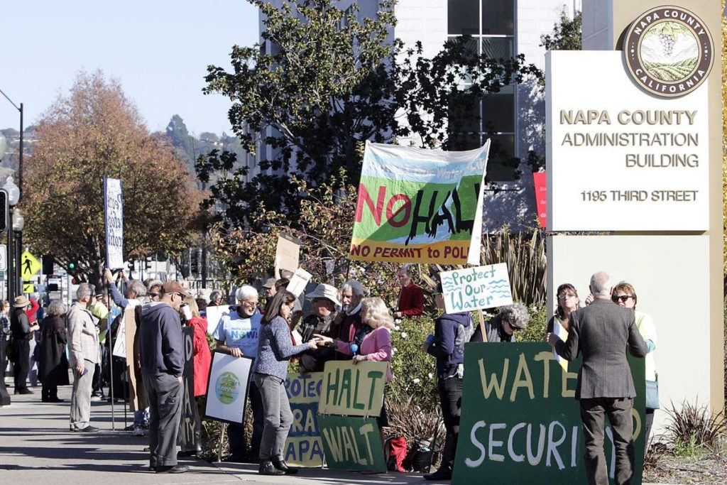 Hall Protest Napa County 11-18-2016 (image by J.L.Souza)